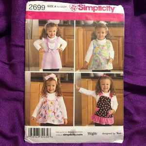Simplicity Pattern 2699 child's apron